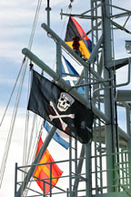pirate flag om ship