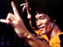Bruce_Lee_smiling
